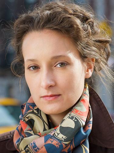 Zosha Di Castri  